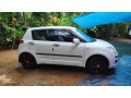 family-used-2009-swift-small-2