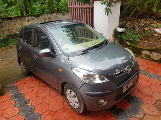 2009-model-i10-asta-with-sunroof-limited-edition-big-5