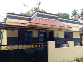 House for sale near thirumala mangattukadavu pottayil junction