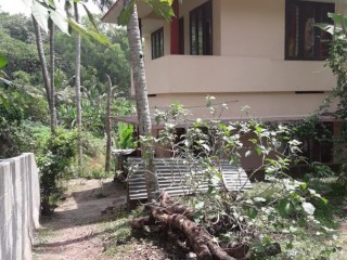 Urgent house for sale. Mukkola karakulam darshan lane
